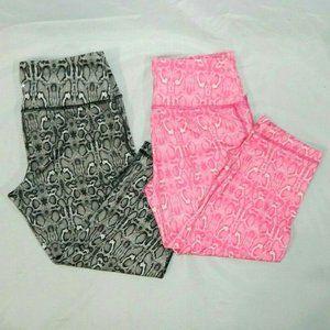2 pairs Womens XS Snake Skin Print Capri Leggings